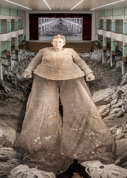 JR - Omelia contadina, Iris Pulvano 2020, theater installation at Galleria Continua. Ph Ela Bialkowska, OKNO Studio