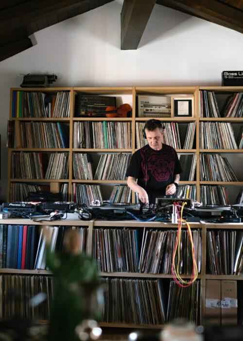Lunetta11 studio di Francesco Pistoi, musicista e co-fondatore di Lunetta11 (credits Letizia Cigliutti)